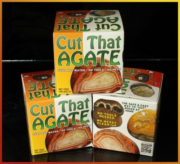 Cut That Agate Retail Packaging