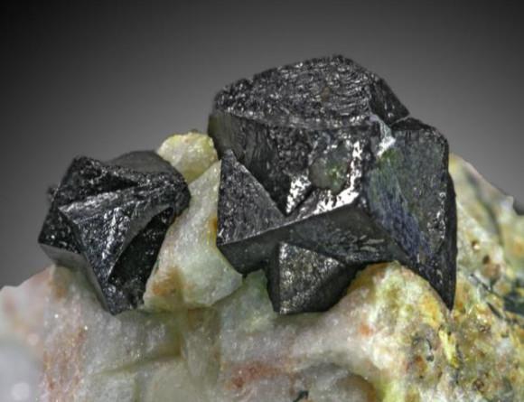 Genteel Gemstones In Bucket Specimen Rocks Minerals Gems Lapidary Nice Toys & Hobbies