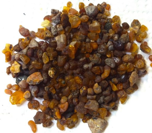 Same pile of amber after first cleaning.