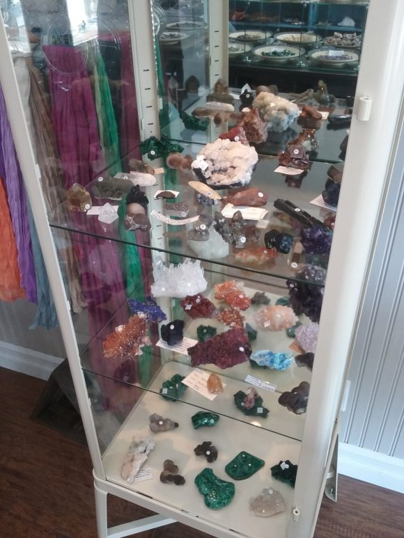 Mineral specimens for sale in Los Angeles